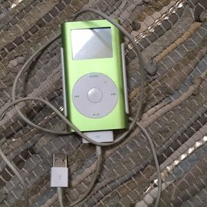 Other - iPod 4GB